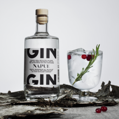 Napue Gin perfect serve with rosemary and cranberries