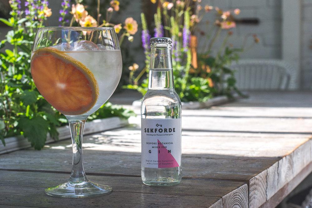 Sekforde gin mixer tonic pink grapefruit
