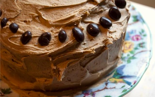 Coffee liqueur cake