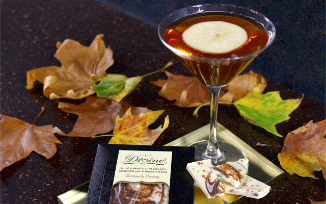 Autumn Bloom gin cocktail with Divine Chocolate