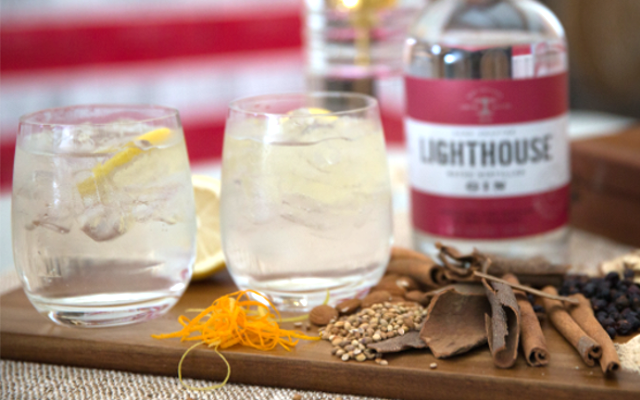 Lighthouse gin perfect serve with lemon and spices