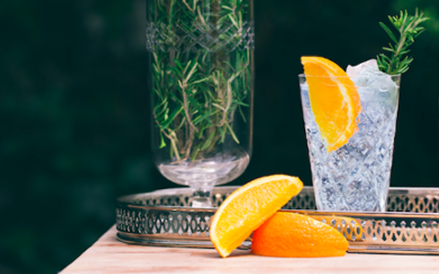Orange and Rosemary gin and tonic with ice