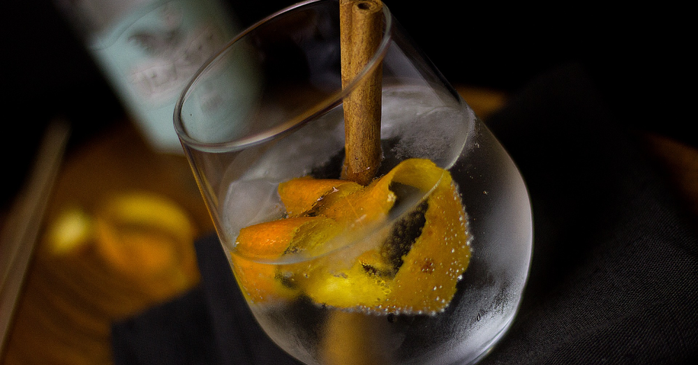 Cinnamon orange gin tonic