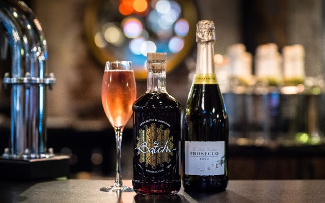 Batch's Whinberry Gin and Prosecco