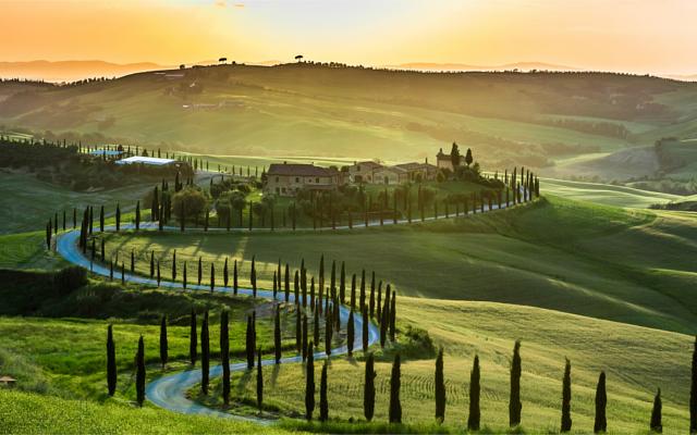 Tuscany Italy Landscape Sabatini Gin