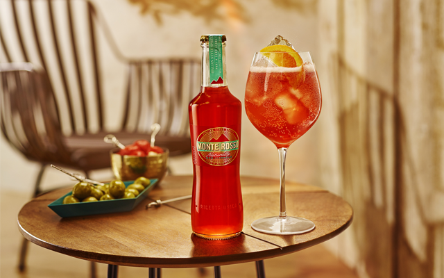 Monte Rosso Drink Perfect Serve