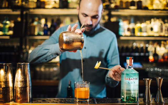 Antim Solakov of bar 214 Bermondsey making a cocktail with Sabatini gin