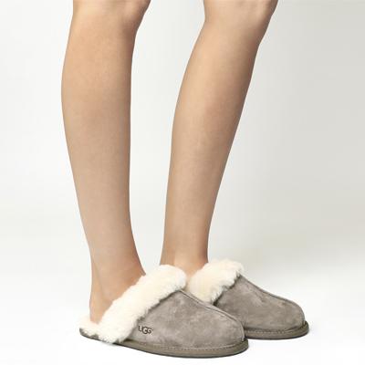 Ugg Scuffette II Slippers.jpg