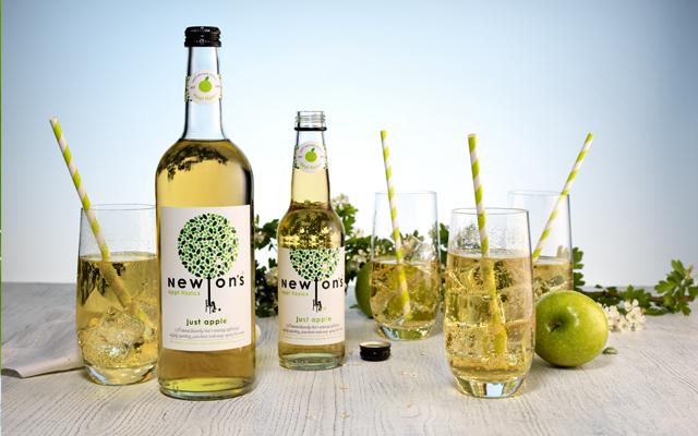 Newton's appl fizzics cocktails