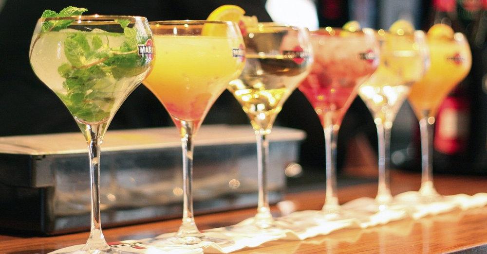 Cocktails+1200x628.jpg