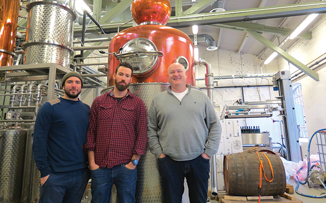 Vidda Torr Gin employees and founder in the vidda torr distillery