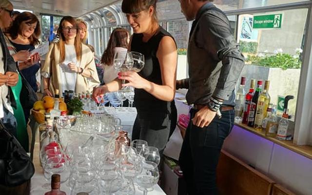 Artisan Drinks Gin Cruise tasting