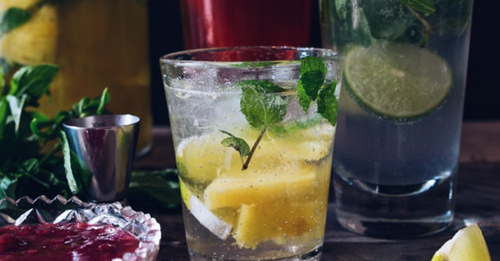 Cocktails to Drink on diet low calorie.png