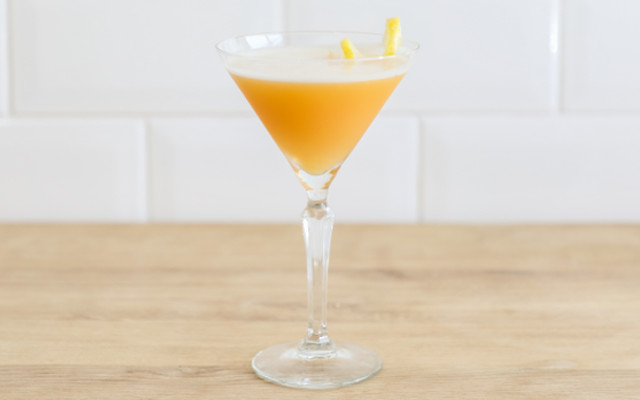 gin+earl+grey+martini.png