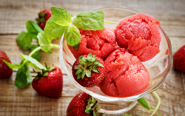 gin+strawberry_sorbet.png
