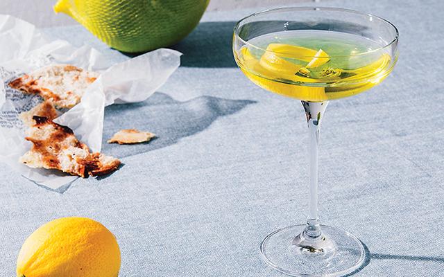 golden+bijou+gin+cocktail.png