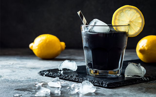 black+gin+halloween+cocktail+lemon+straw.png