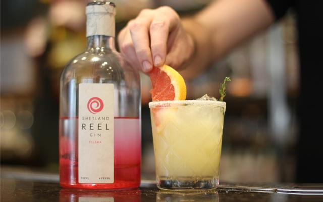 shetland+reel+filska+salty+dog+gin+cocktail.png