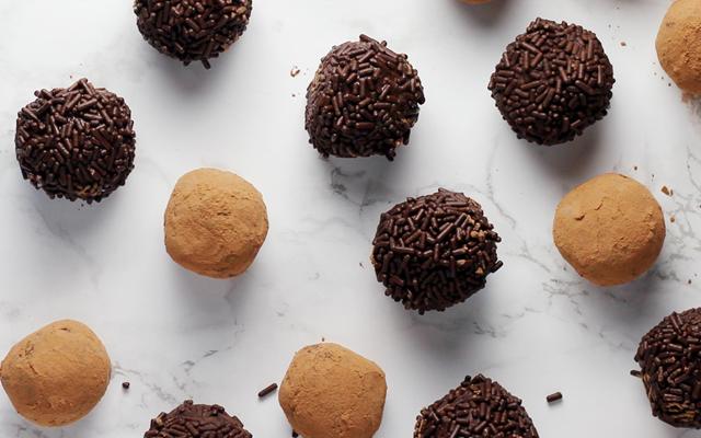 homemade+gin+truffles+recipe.png