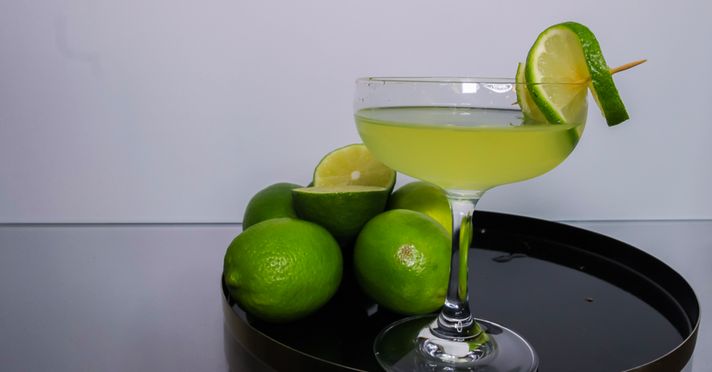 Easy+to+make+Gimlet+Cocktail (1).png