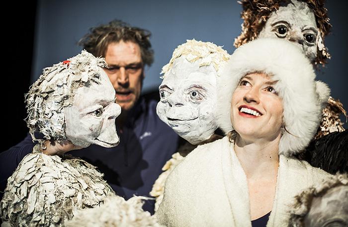'Gedonderdag' (6+) - 2014  In regie van Gienke Deuten, een coproductie van Theater Gnaffel en Firma Rieks Swarte.