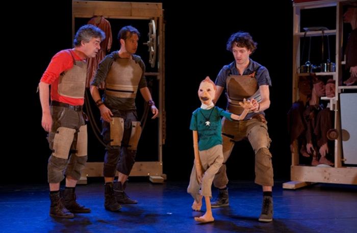 'Peter Pan en de verloren jongens' - 2012  In regie van Gienke Deuten, een productie van Theater Gnaffel.