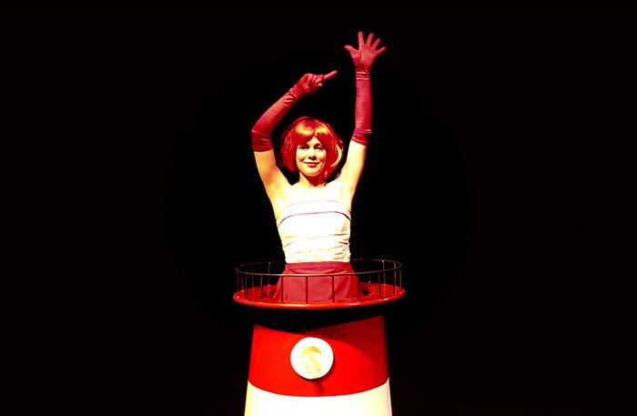 'Vuurtoren Wachter' (4+) - 2009  In regie van Gienke Deuten, een productie van Het Houten Huis.