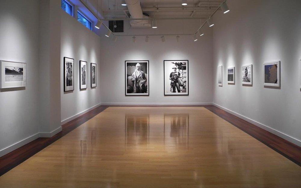 SHORELINE at Carroll Square Gallery,975 F Street, Washington DC 20004. Image curtesy of HEMPHILL Fine Arts.