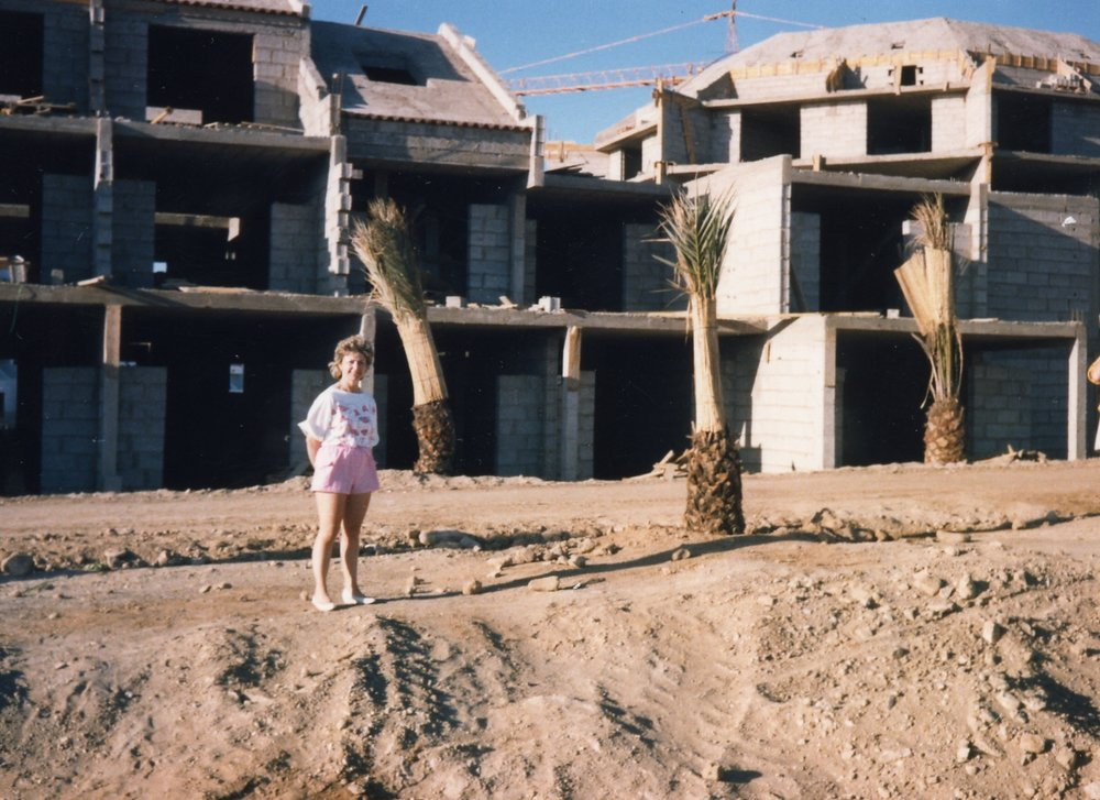 Mum in front of Parque Santiago 3 being built in the 1980s