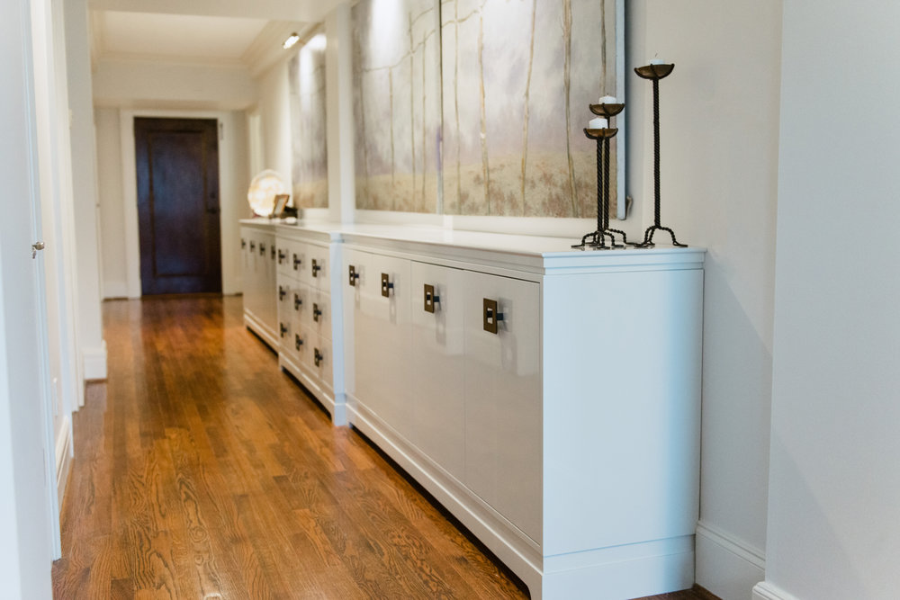 "19"" lacquered console designed by Katrina Porter Designs. Photographed by Paula Coldiron."
