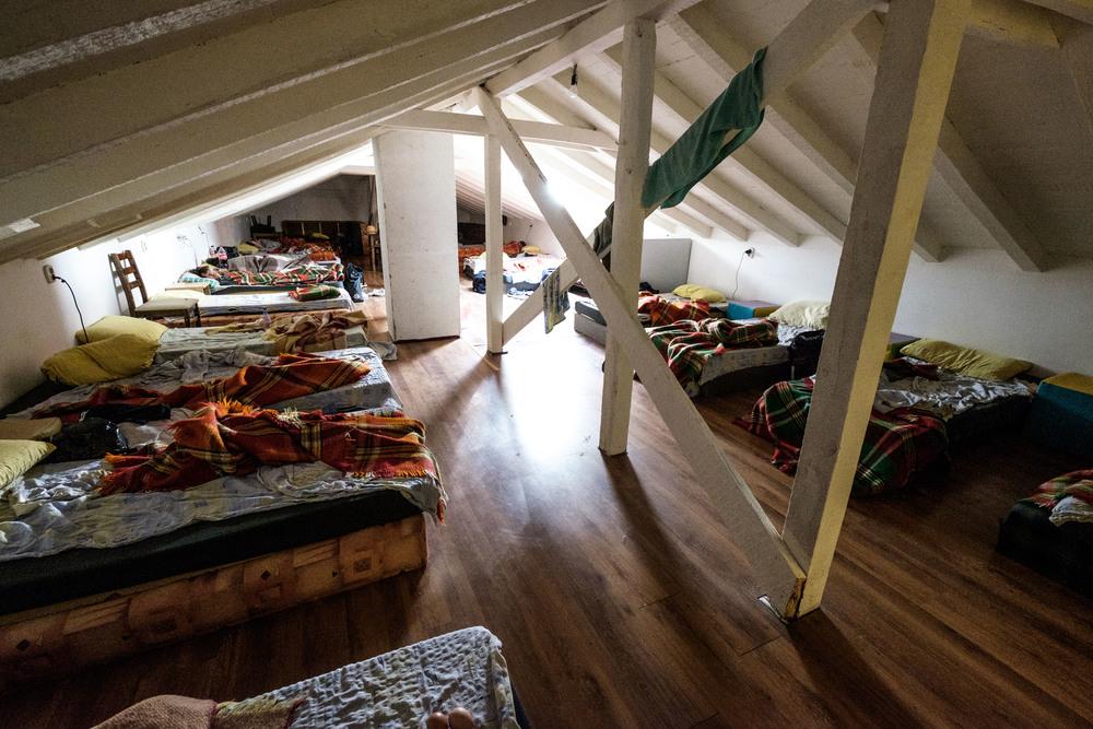 Notre dortoir à 22 lits de camps, à Sofia.