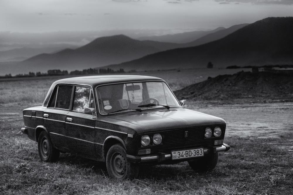 L'omniprésente et stylée Lada soviétique.