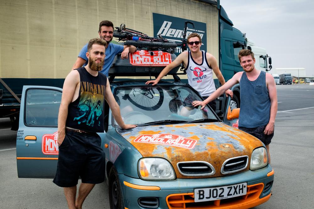 Les Britanniques Dom, Matt, Sam et Huw.