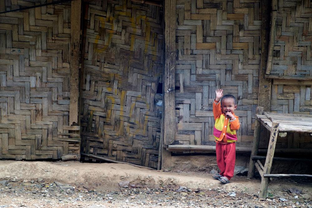 Les maisons sont le plus souvent faites d'écorce de bambou.