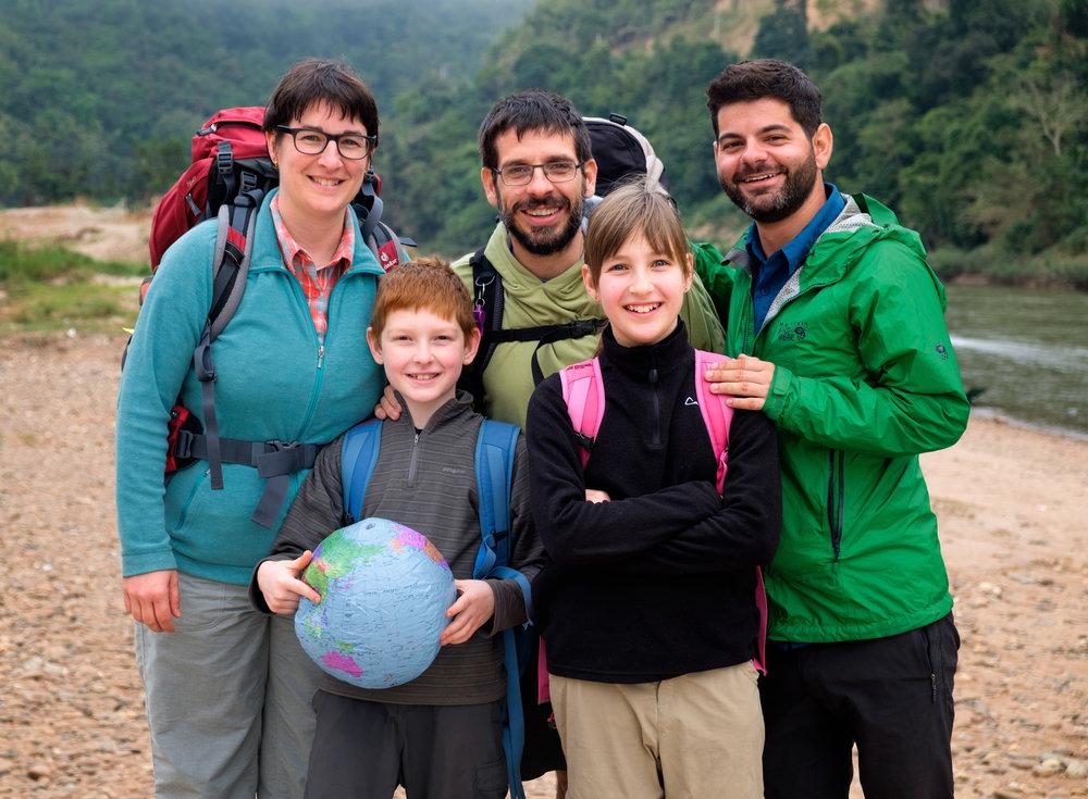 La famille des L'Heureux-Boucher : Isabelle et Guillaume, avec leurs enfants Antoine et Éloïse.