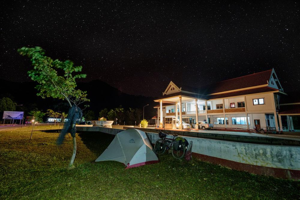 Le soir du 24 décembre, à quelques mètres passé la frontière du Laos.