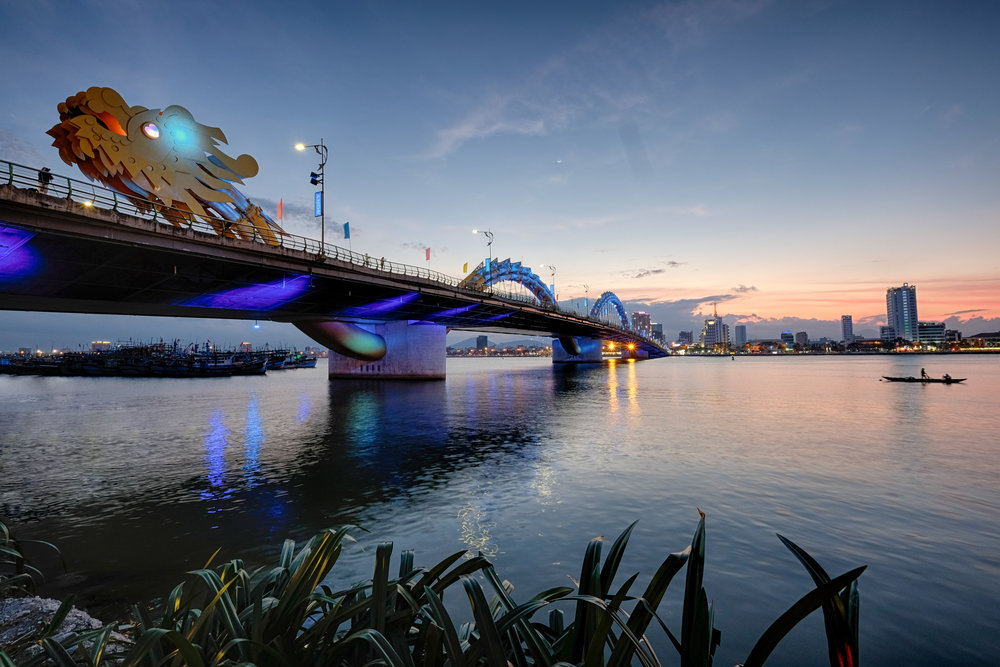 Le même pont photogénique sur sa longueur.