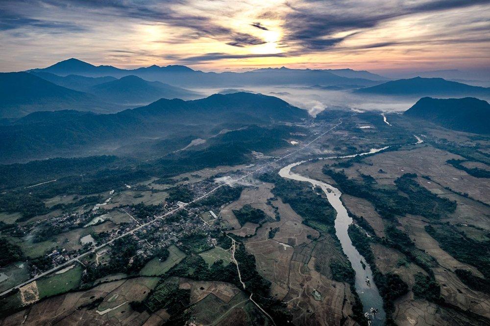 La région de Vang Vieng au Laos.  Cliquez pour le texte dans La Presse.