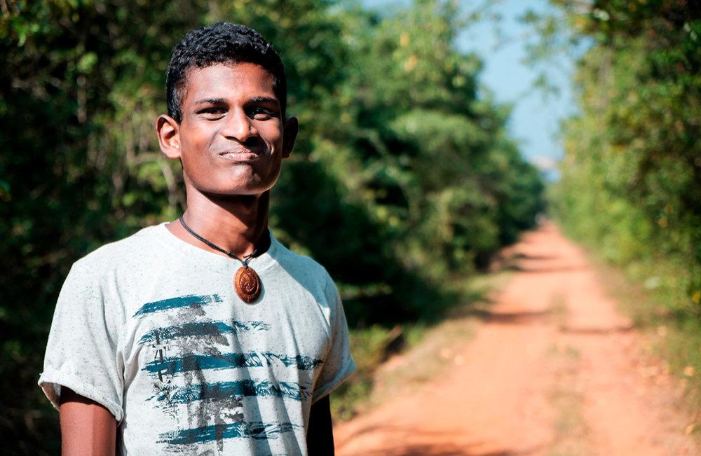 Kavindu, mon charmant guide cycliste.