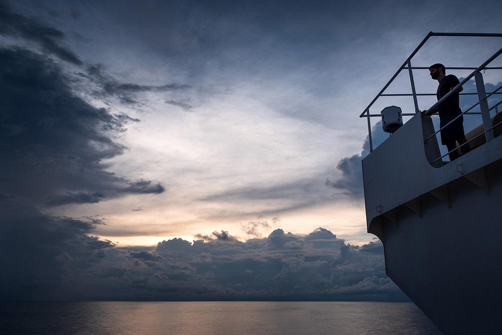 18-07-14---Jo-Passerelle-(Cargo).jpg