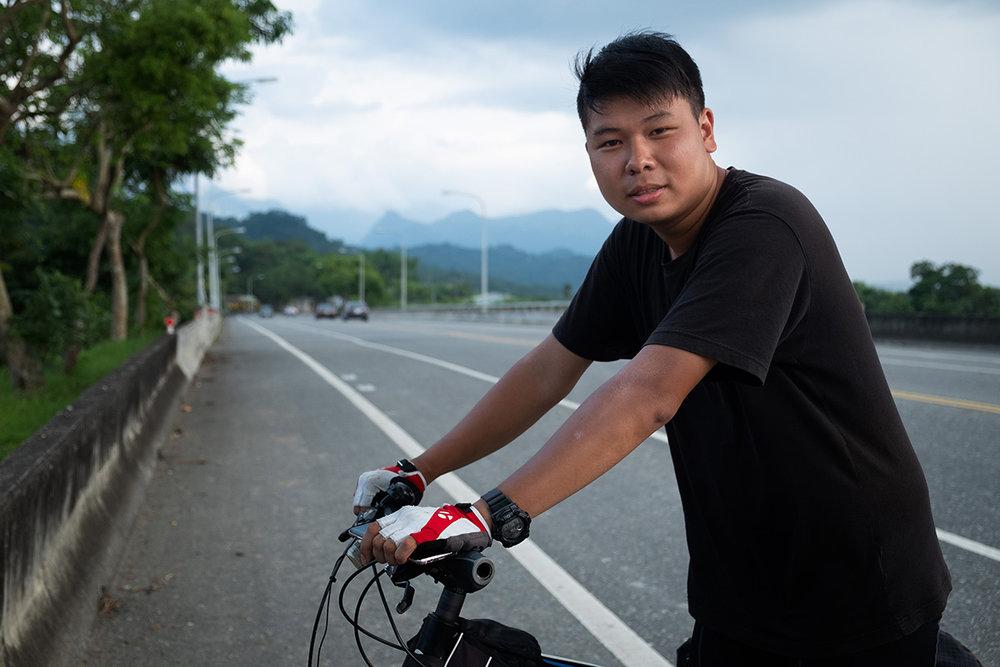Andrew, de Hong Kong, qui voyage à Taïwan pour 2 semaines.