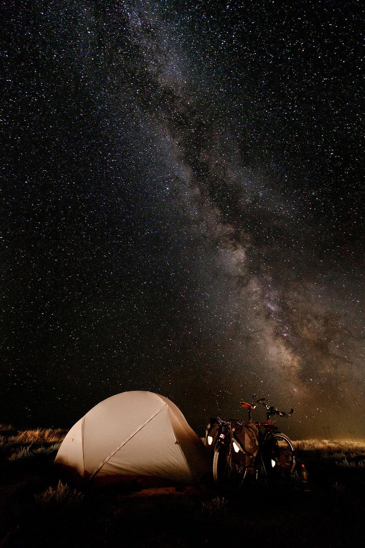 Sans dynamo, je n'aurais jamais eu assez d'énergie pour prendre cette photo du ciel kazakh.