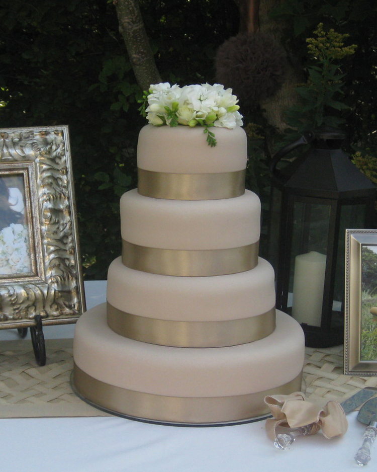 Wedding Cakes by Dawna 801 785 6372wedding cakes by dawna home page