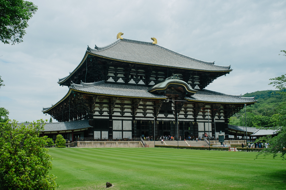 Todai-ji Temple - the world's largest historic wooden building