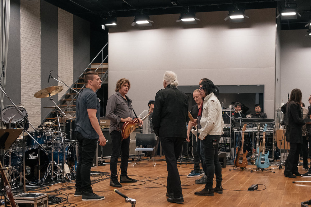 Jimmy Page meet the house band, House band meet Jimmy Page, post rehearsing  Dancin' Days