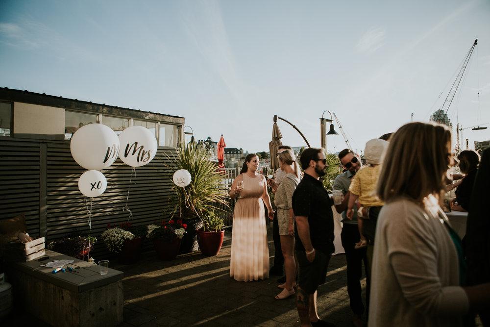 vancouver island vineyard wedding
