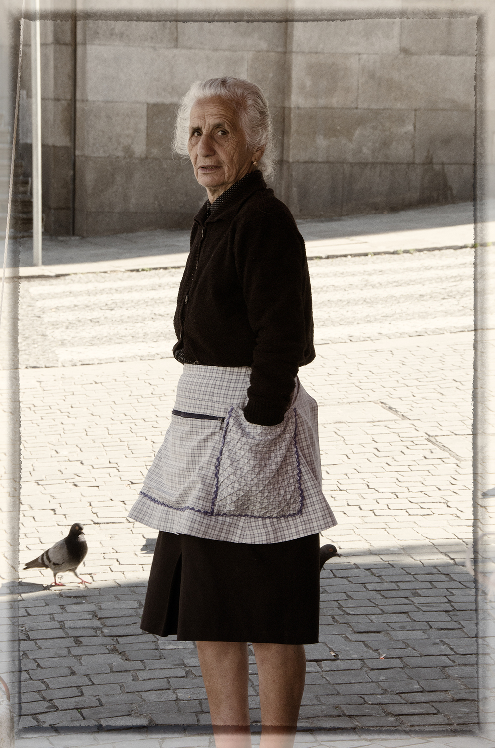 Woman in Apron, Porto