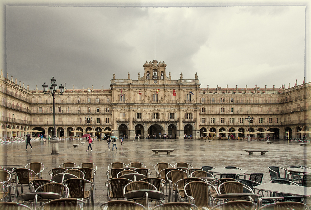 Salamanca's Glorious Plaza Mayor