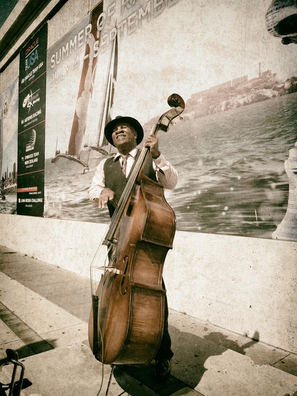 Street Musician, Embarcadero