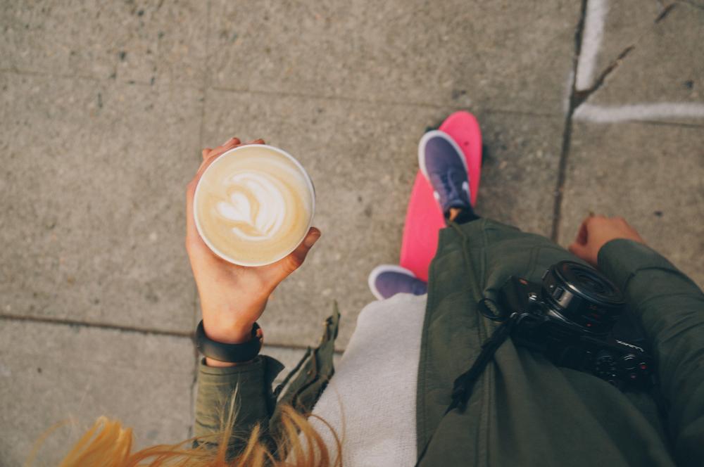 nike-women-rosegold-7.jpg